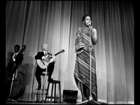 Miriam Makeba - Mama Afrika