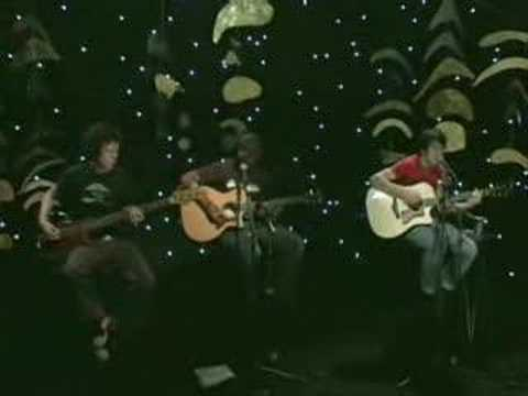 Sum 41 there's no solution acoustic live