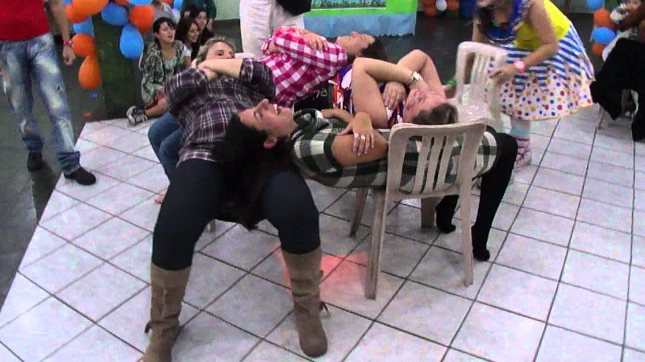 Follando en una tienda de campaa - Videos para Adultos