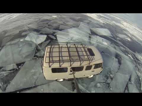 Байкал зимой (по байкальскому льду на УАЗике)