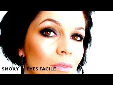 maquillage des yeux eyeliner et smoky funnydog tv. Black Bedroom Furniture Sets. Home Design Ideas