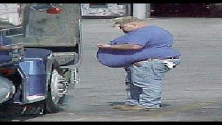 Fat Truck Drivers - Peter demonstrates gravitational pull