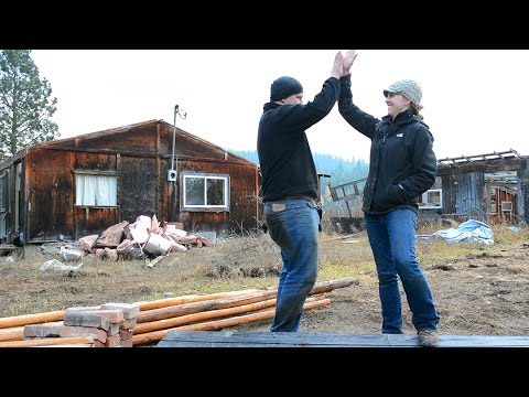 How We Found $7,000 in Reclaimed Building Materials (HOUSE DEMOLITION!)