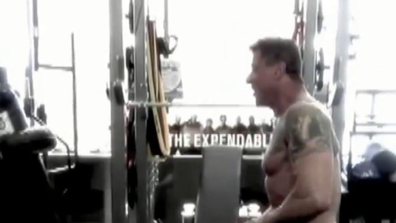 sylvester stallone treinando aos 65 motivacional youtube