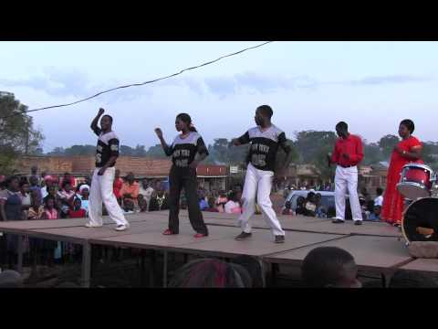 African music and dance at the Kampala Jan 2013 Crusade