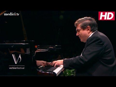 Joshua Weilerstein with Sergei Babayan - Mozart: Piano Concerto No. 25 in C Major