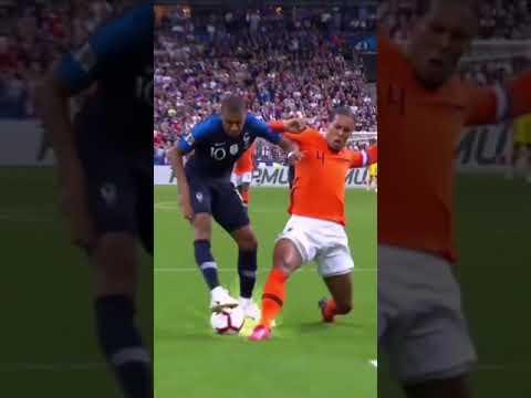 Van Dijk VS Mbappe. Defending Skills.