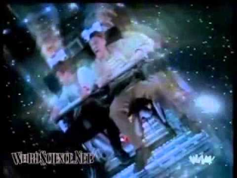 Weird Science - Season 3 Opening Titles with USA Network Memorbilia