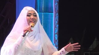 Video Sulis - Ummi (live Palangka Raya) download MP3, 3GP, MP4, WEBM, AVI, FLV Oktober 2017