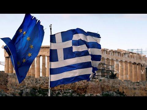 Vítimas dos incêndios na Grécia processam o Governo