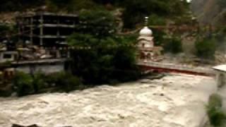 インド マニカラン温泉