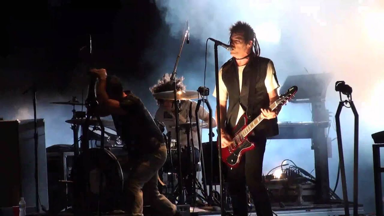 Nine Inch Nails - Mr. Self Destruct (HD 1080p) - NIN|JA Tour - West ...