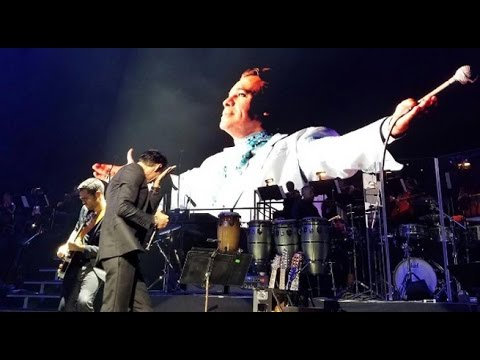 (VIDEO) Marc Anthony le llora en su concierto a Juan Gabriel