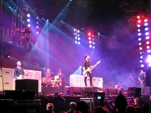 Simple Plan - Welcome to my life Groezrock 2012