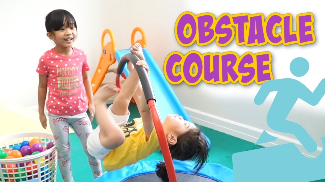TRAVIS' OBSTACLE COURSE | PLAY TIME | Travis in Wonderland