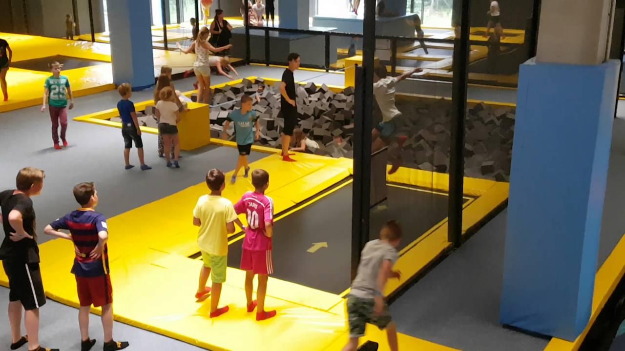 Bij Space Jump in Kerkrade. 26 juli 2016 - YouTube
