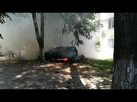 Incendiu autoturism Tomis 3