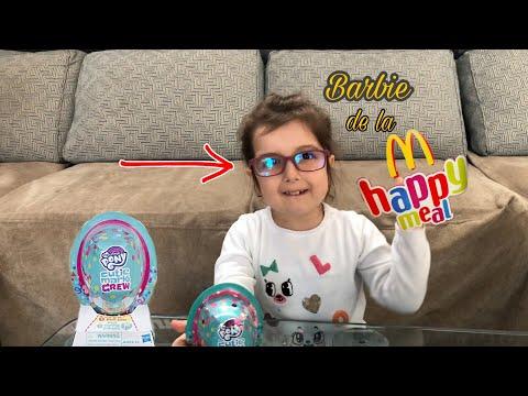 Erica desface jucarii McDonald's si MLP Cutie Mark Crew