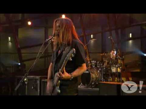 Come Out and Play (Keep 'Em Separated) - The Offspring - Live@Yahoo