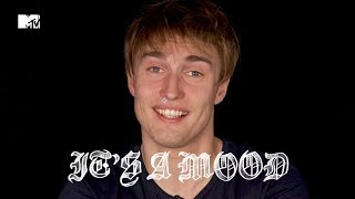 "Gambar cover ""That Is A Sex Song. It Is About Sex."" Sam Fender 