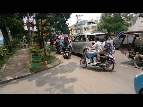 Perlintasan Kereta api (Railway Crossings) 铁路交叉口 Indonesia   Adam Malik Medan