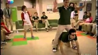 Pis Yedili - Zeki Concon Style Dansı (Gangnam Style)