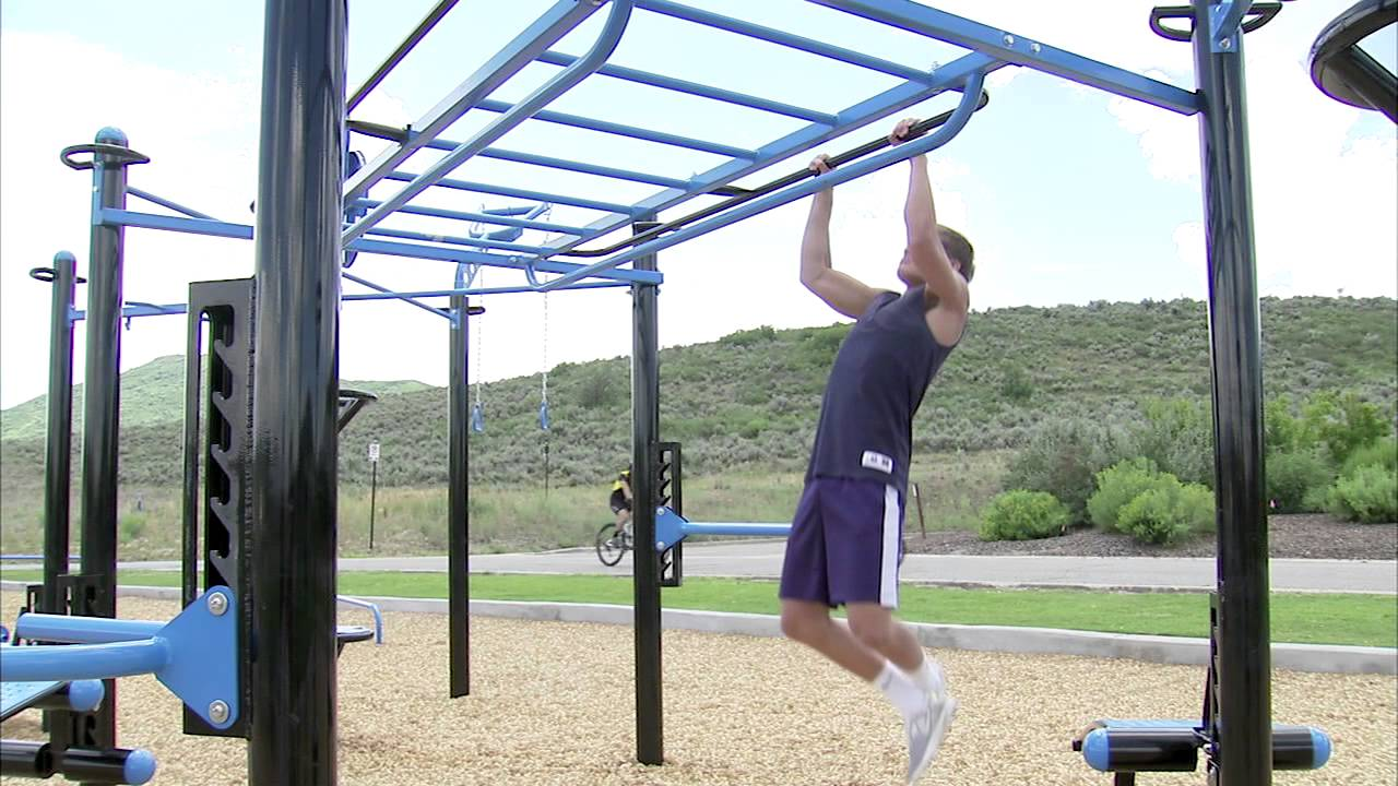 monkey bars on the movestrong outdoor functional fitness station