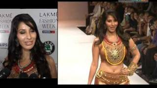 Sophie Chaudhary Walks The Ramp At Malaga Show!!!
