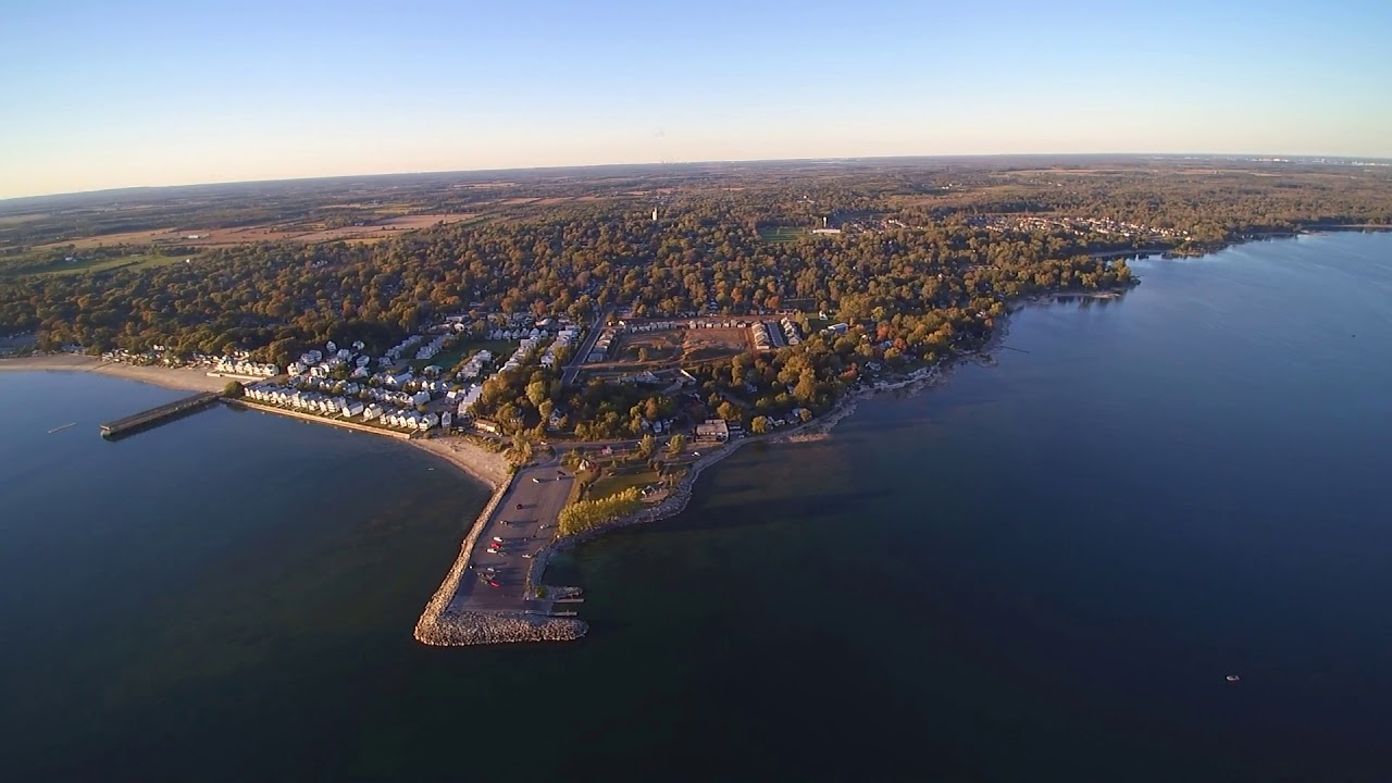 aerial view crystal beach lake eirie ontario sept 30. Black Bedroom Furniture Sets. Home Design Ideas