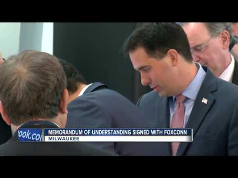 Foxconn and Wisconsin sign Memorandum of Understanding
