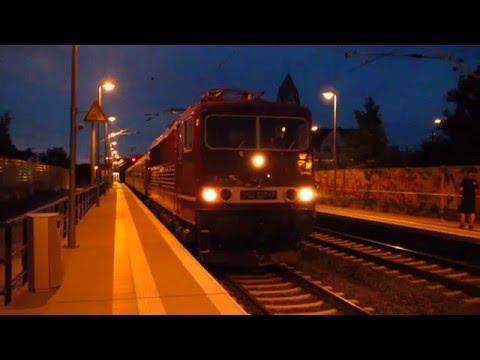 Leipzig: PIKO-Express  E- Lok 250 137-7 und Elster-Saale-Bahn am 15.06.2013 unterwegs.