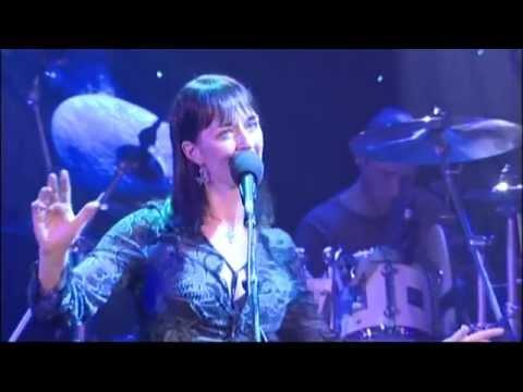 Iona - Strenght - Live in London 2004 (Legendado)