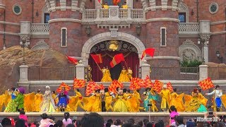 Shanghai Disneyland Castle Show with Disney Characters
