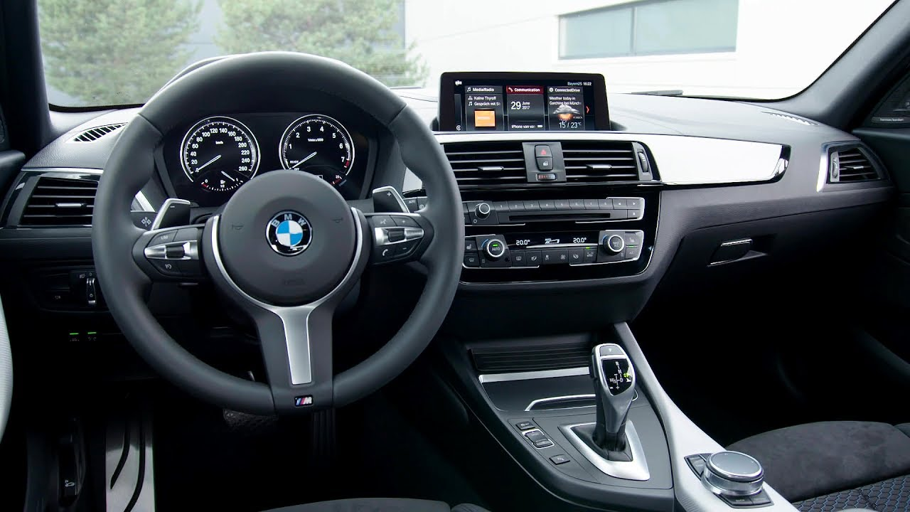 2018 bmw m140i xdrive interior youtube for Interieur 928