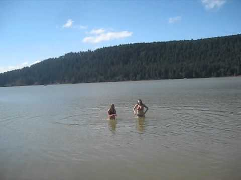 2 Girls in a Cold Lake / Canada