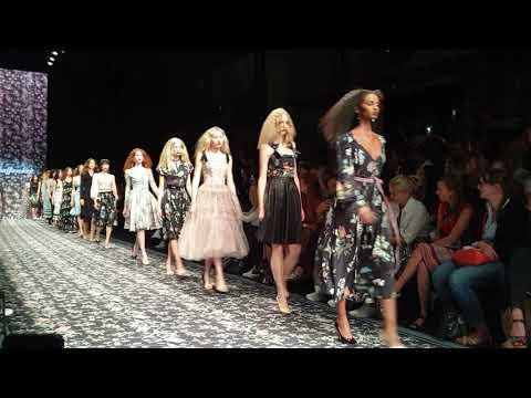 Lena Hoschek Fashion Berlin 2019