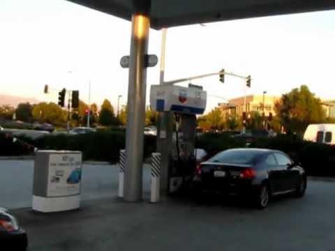 How to fill Petrol/ Gas in USA/ America :: Video by Arun Kumar B