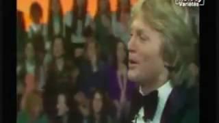 Download lagu Claude François  Pourquoi pleurer (3'26'') sublime vidéo live  1975