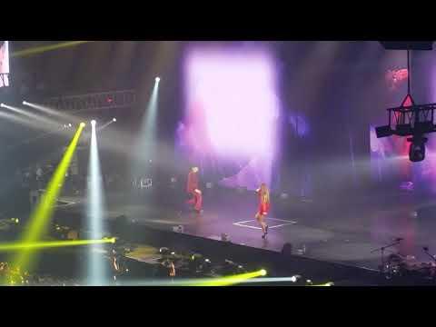 [170901] MOTTE in Manila - Hello - Kwon Jiyong (G-Dragon) & Dara