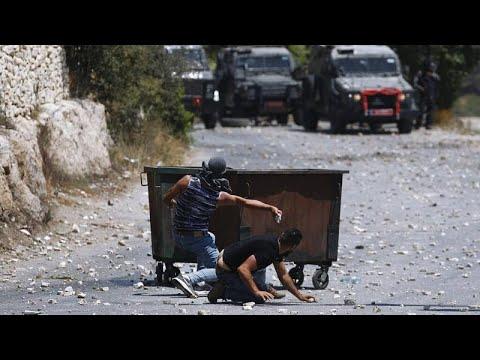 إصابة أكثر من 250 فلسطينياً في اشتباكات مع القوات الإسرائيلية في الضفة الغربية…  - نشر قبل 32 دقيقة