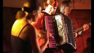 Argile: Kamelimba Akkordeon Solo und Finger Dance - Burgthann Jazzfestival June 2009