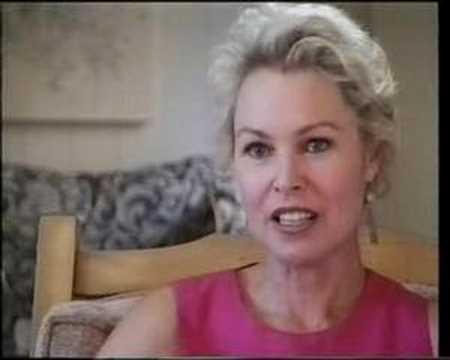 Michelle Phillips  talks about Mamas & the Papas