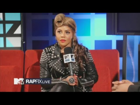 Lil' Kim Shares Memories of Aaliyah 2012