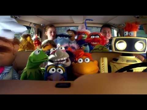THE MUPPETS - Official Trailer 1 - In Indonesian Cinemas January 2012