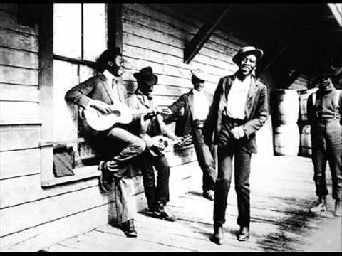 Picaninny (Dallas) Jug Band Bottle It Up And Go/You Gotta Have That Thing (1932)