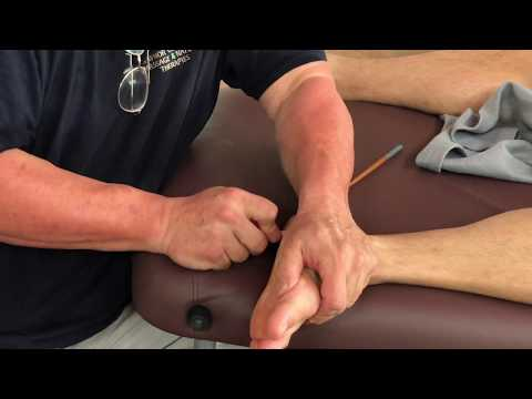 Deep foot massage. Reflexology. Foot massage using tools. Raynor massage in London on Jeremy part 6.