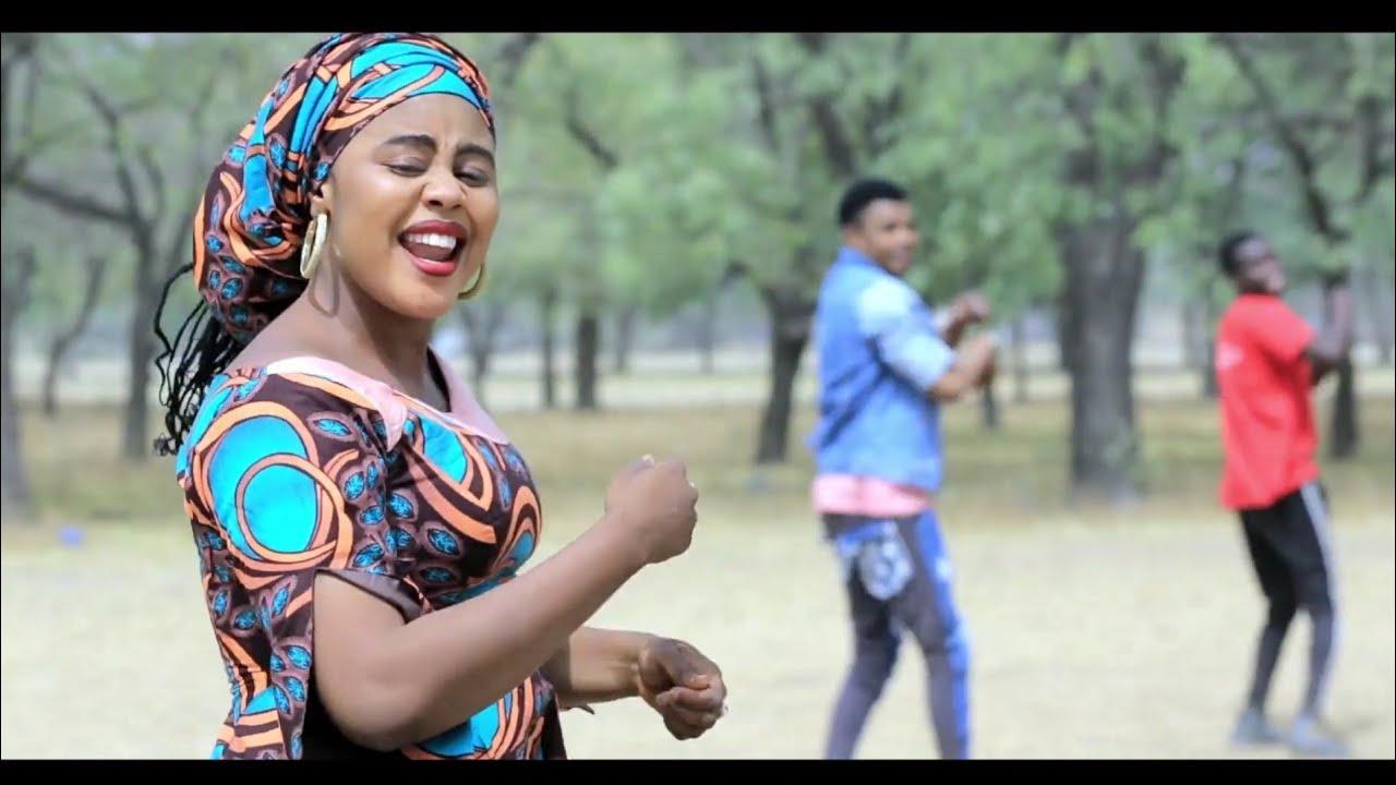 Download Aisha Izzar So (A Zuchiya Babu Kamar Ka) Latest Hausa Song Original Video 2020#