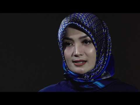 Imel Putri Cahyati, An Independent Woman