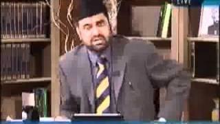 Mirza Mahmood Ahmed Khalifa Sani presented Islam kaa Iqtisadi Nizaam 4 years before Moudodi Did