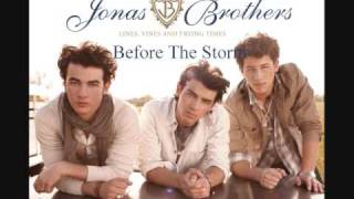 Before the Storm - Nick Jonas ( Jonas Brothers ) and Miley Cyrus ( Lyrics in the description )